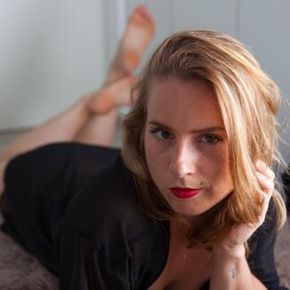 Lady_Lora