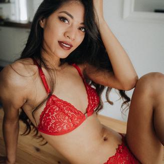 Amateur Thumbnail Kim-Rose