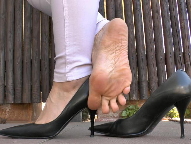 Video Thumbnail Leder High Heels Posing
