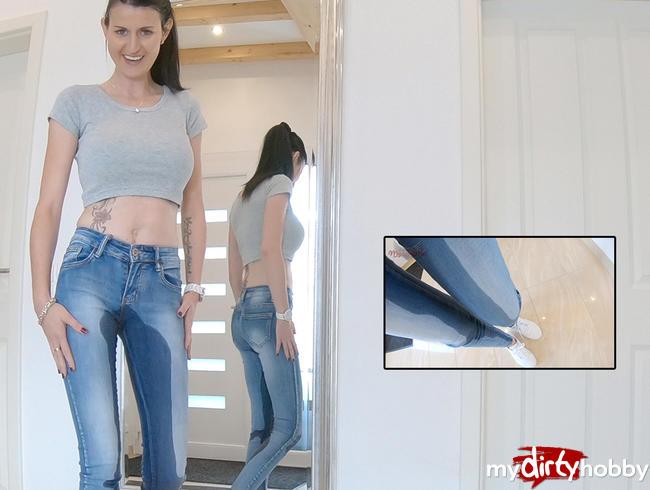 Video Thumbnail Mega Spiegel Jeans- Piss
