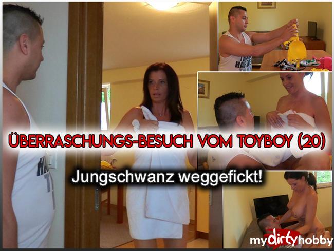 Video Thumbnail Jungschwanz (20 J.) besucht Milf