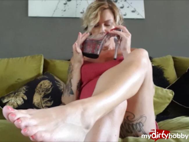 Video Thumbnail Fußfetisch EXTREM! Meine Füße entsaften deinen Schwanz!