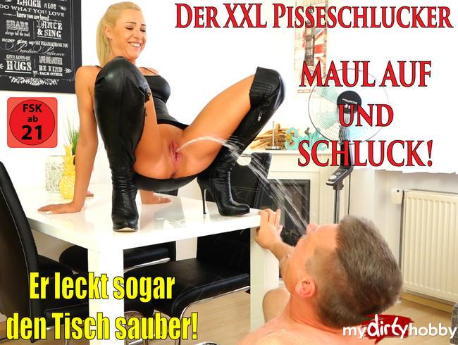 Daynia - Der XXL Pisseschlucker | Maul auf und Schluck die MegaPissLadung!
