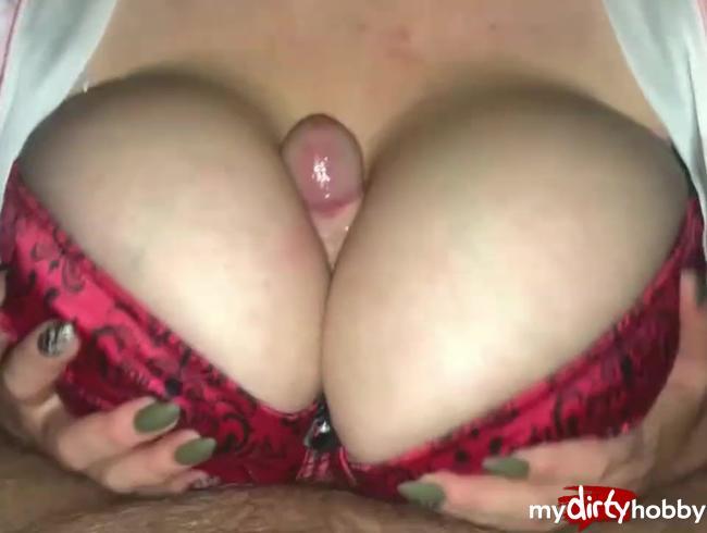 Video Thumbnail Dicke Titten im BH gefickt und besamt.