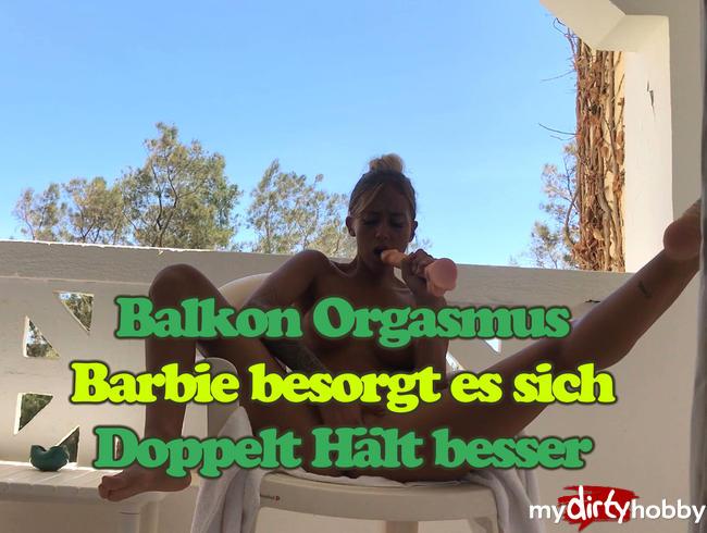 SkinnyBitch99 - 1. Balkon Dildo Doppelt Orgasmus - Befriedigung im Urlaub - Tief ins Loch