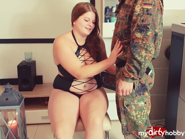 Video Thumbnail Soldat beschoss meine Muschi mit Sperma!!!!