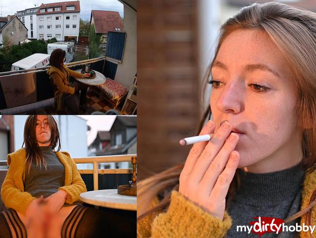 Video Thumbnail Still und heimlich auf dem Balkon selbst gemacht