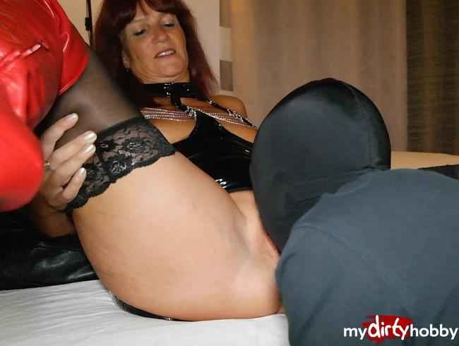 Video Thumbnail Be my Slave! Mit 23 sein 1. Mal mit einer Domina im Hotel!