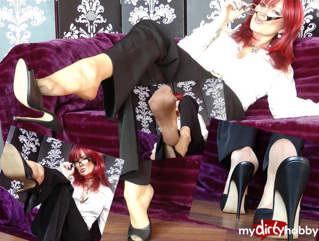 Video Thumbnail Heißes Meeting mit der Sekretärin!