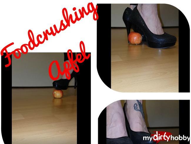 Aleksa81 - Apfel Crushing in Heels
