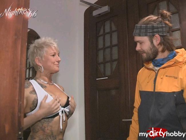 Video Thumbnail Krasses Wiedersehen- AO - nach 4 Jahren gleich blank den Arsch besamt !