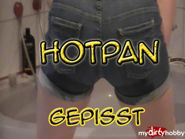 Video Thumbnail In Hotpans gepisst