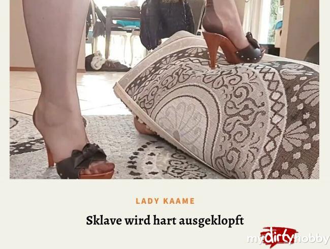 Video Thumbnail Sklave wird ausgeklopft