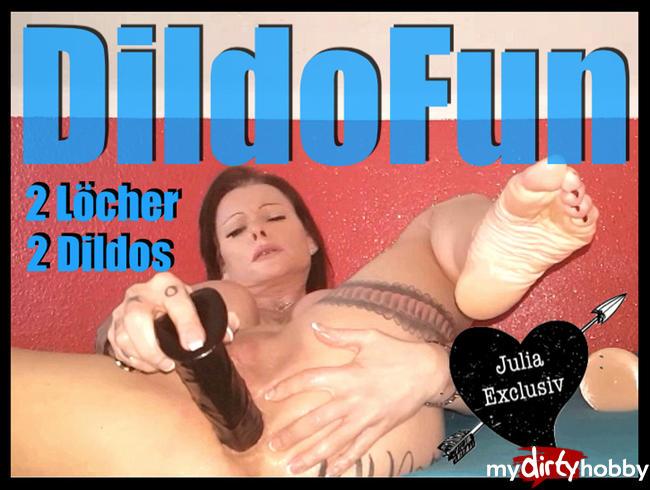 Video Thumbnail Dildofun 2 Löcher 2 Dildos