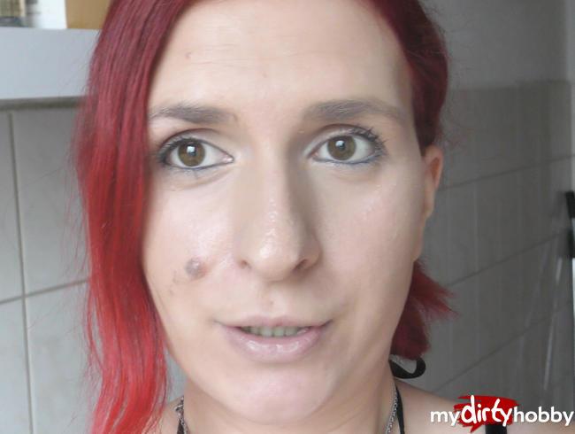 Video Thumbnail Fotze pisst unrasiert ab - Blase VOLL I Sandy_Heart