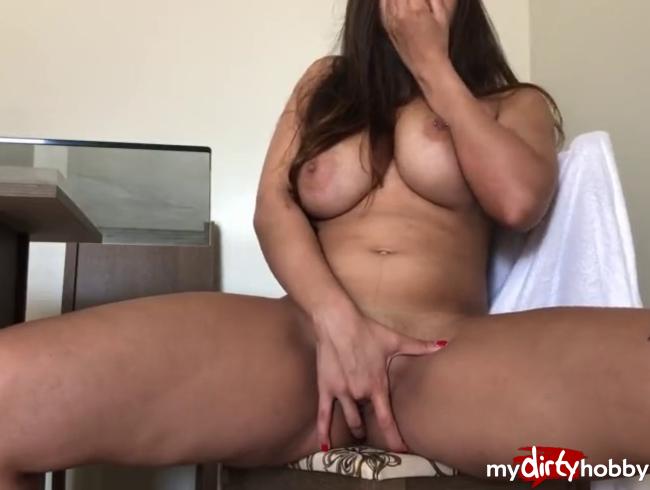 Video Thumbnail Hardcore! 8 Finger in meiner Pussy da geht aber sicher noch merh ich liebe Fisten