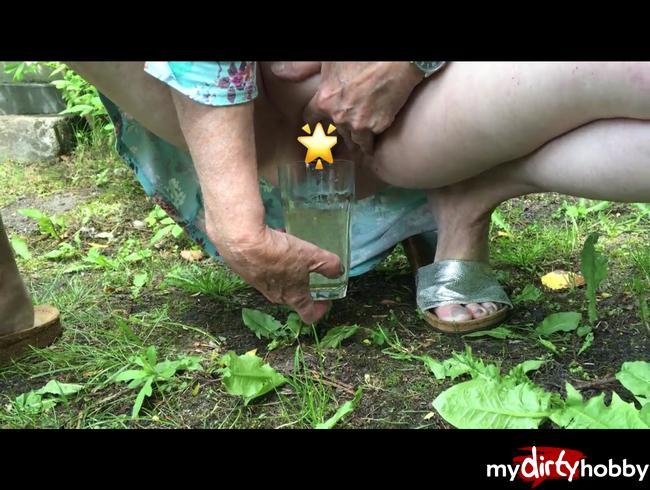Video Thumbnail im garten die steintreppe runtergepiesel