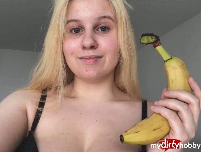 Video Thumbnail ANAL BANANE! Das größte Ding, was ich je im Arsch hatte!