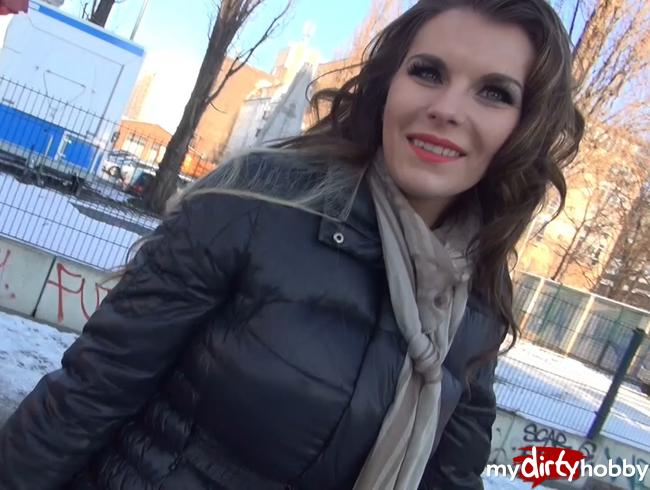 Video Thumbnail HEFTIG!!! Fremder Typ darf mich spontan auf der Straße vollspritzen