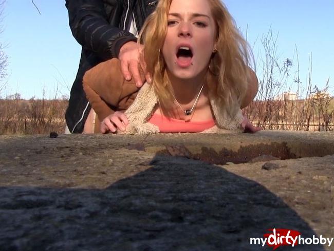 Video Thumbnail Heißer Outdoor Sex bei -6 Grad