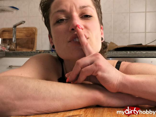 Video Thumbnail MEIN ERSTES SEXVIDEO!! - Heimlich gefilmt!!