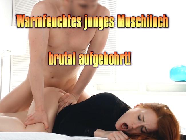 Video Thumbnail Warmfeuchtes junges Muschiloch brutal aufgebohrt!