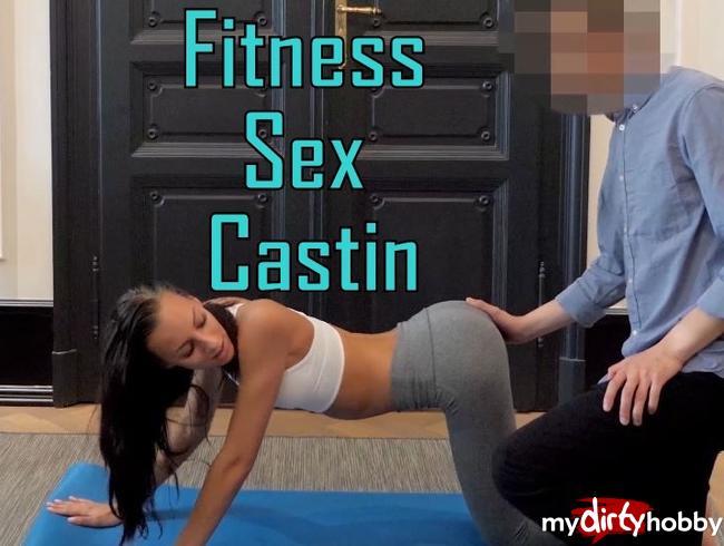 Video Thumbnail 20 J. Teen dreist beim Yoga Training gefickt…