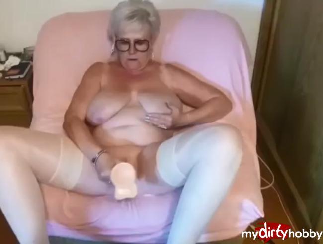 Video Thumbnail erst meine fotze mit dem dildo gefickt...
