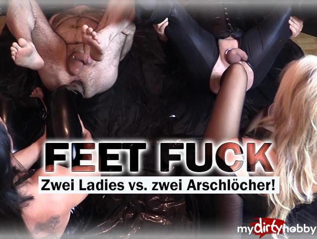 Video Thumbnail FEET FUCK! Zwei Ladies vs. zwei Arschlöcher!