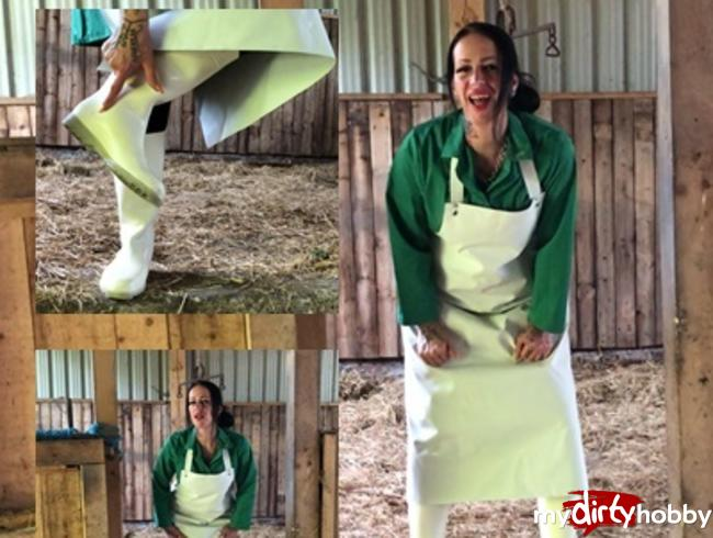 Video Thumbnail The lady in rubber apron and white rubber boots a short clip for my lovers of fetish