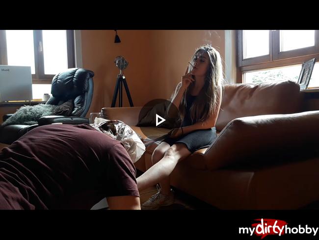 Video Thumbnail Mein Sklave verwöhnt meine Füße