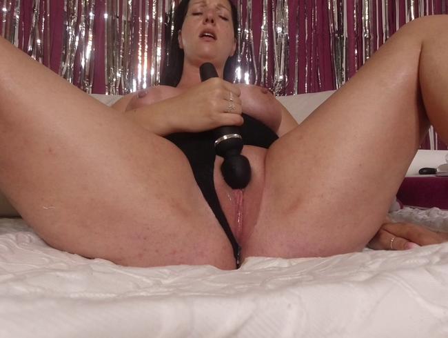 Video Thumbnail Realer Orgasmus! Und wann kommst du mich in der Cam besuchen?