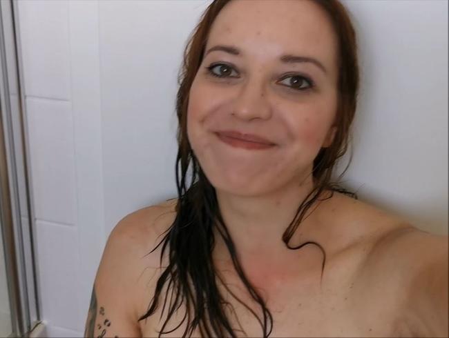 Video Thumbnail Erst sauber und dann wieder DRECKIG!! Kommst du mit mir duschen?