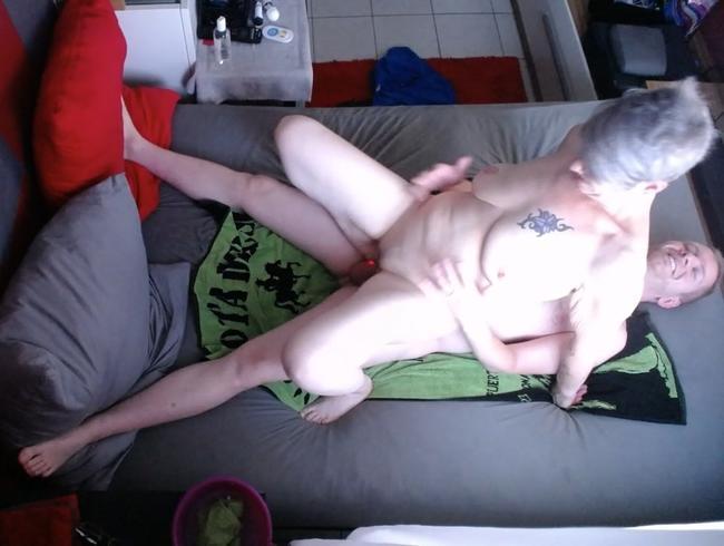 Video Thumbnail Lovetoy und Schwanz gleichzeitig in der Fotze