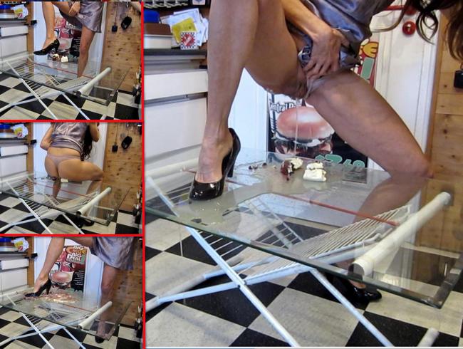 Video Thumbnail Piss-Sauerei - Torte in NS aufgelöst, mit Pumps zermatscht