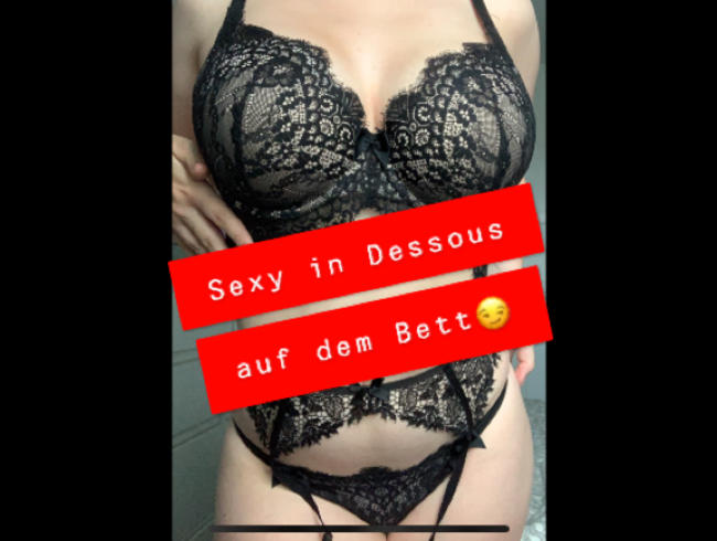 Video Thumbnail Sexy in Dessous auf dem BETT ;)