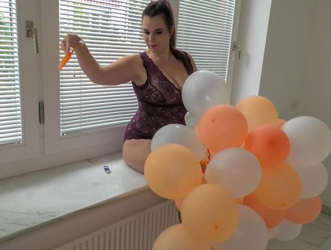Video Thumbnail Ballon-Girlande popping fun!