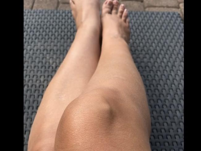 Video Thumbnail Beine und Füße
