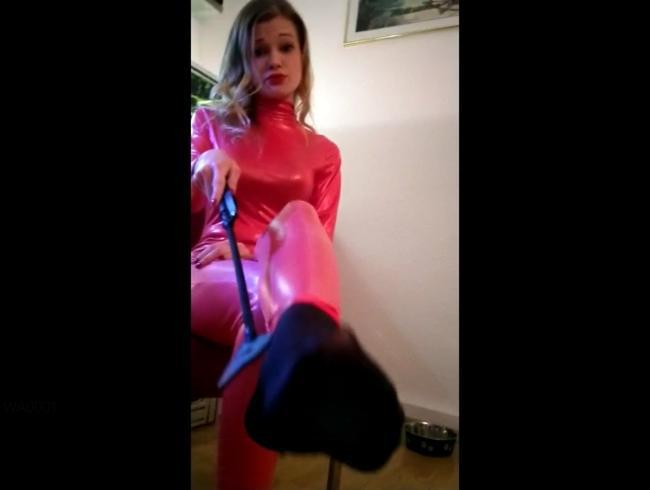 Video Thumbnail Riech an Lady_Rosalies göttlichen Nylons