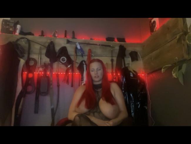 Video Thumbnail Deine Herrin für deinen Mini Schwanz!!!