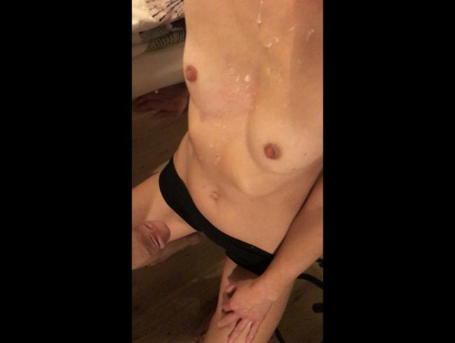 Video Thumbnail Ein Blowjob für mein Hausfreund ;)