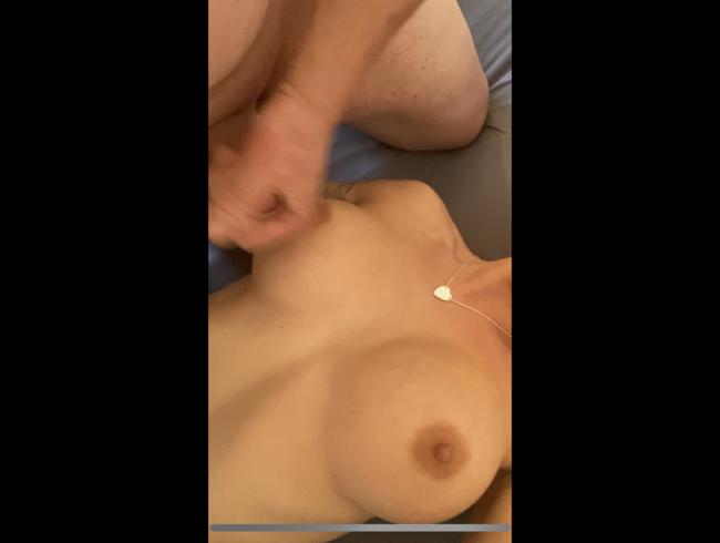 Video Thumbnail Schön meine Titten voll spritzen..(ohne ton)