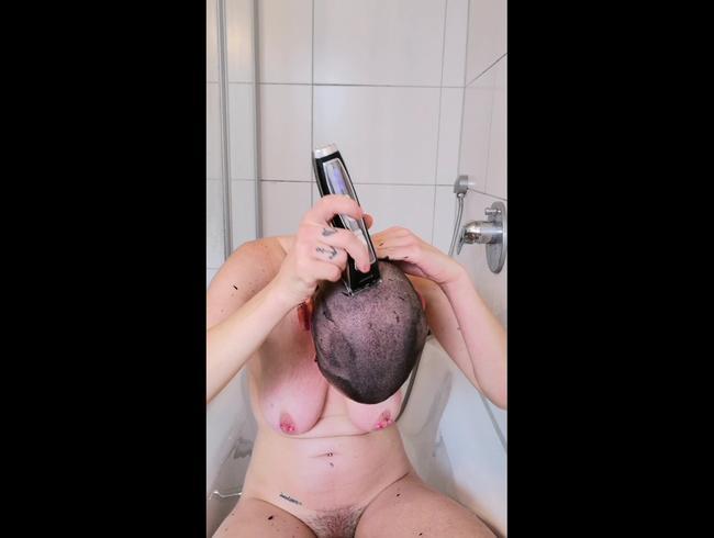 Video Thumbnail Kopf und Augenbrauen rasiert