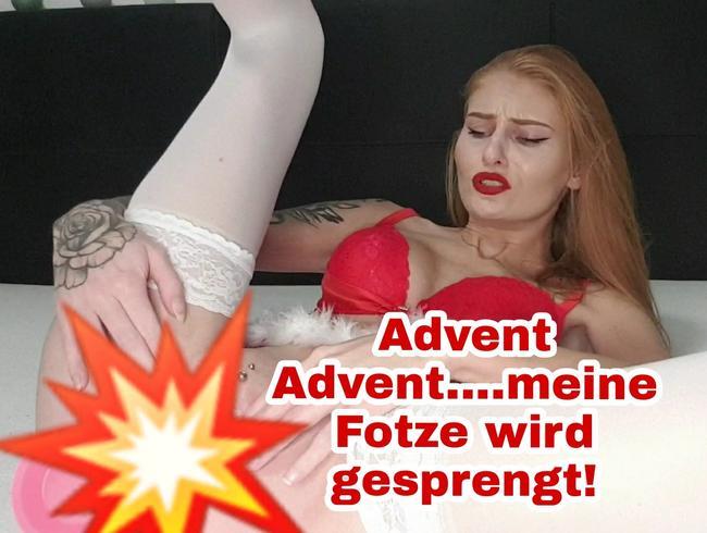 Video Thumbnail Advent Advent... meine Fotze wird vom XXL Dildo gesprengt!