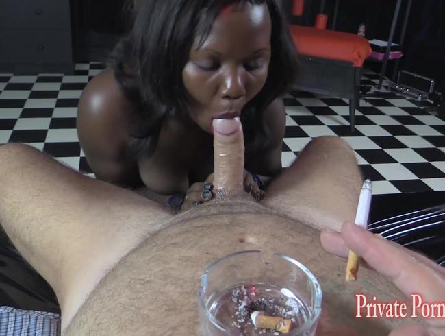 Video Thumbnail Süsse Sklavin Tanya als Smoker-Girl pervers benutzt - Teil 2 von 3