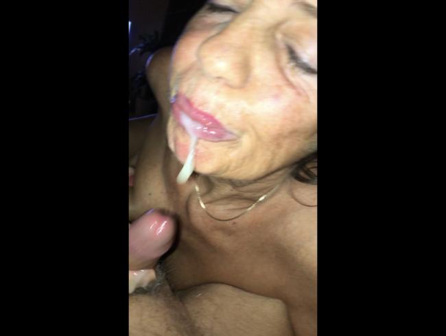 Video Thumbnail Geiles Sperma geschluckt