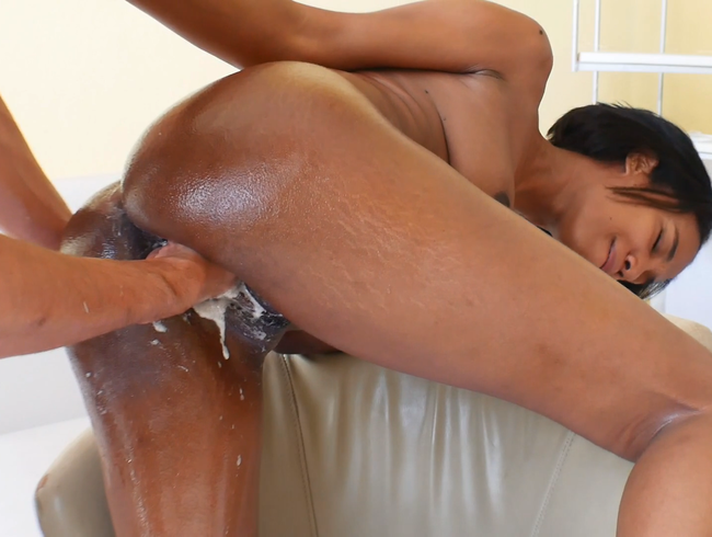 Video Thumbnail Anal Fisting, Prolapse & Creampie