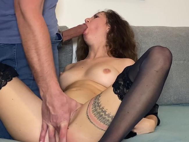 Video Thumbnail Beim Porno-Schauen überrascht und gefesselt Teil 1