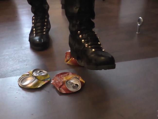 Video Thumbnail Lady Miras Cans Crushing in Boots