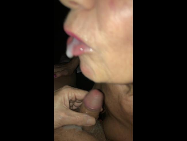 Video Thumbnail Geil gefickt mit Analplug im Arsch